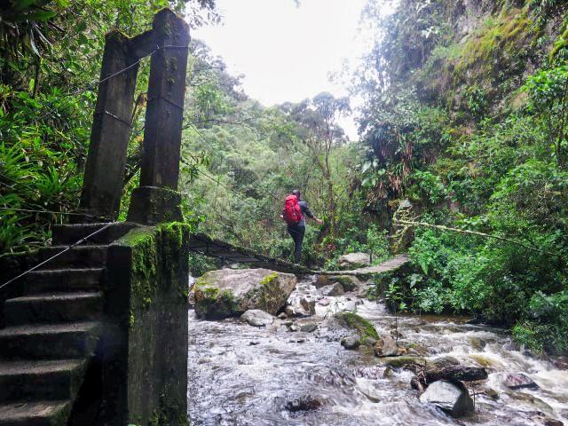 puente colgante Acaime