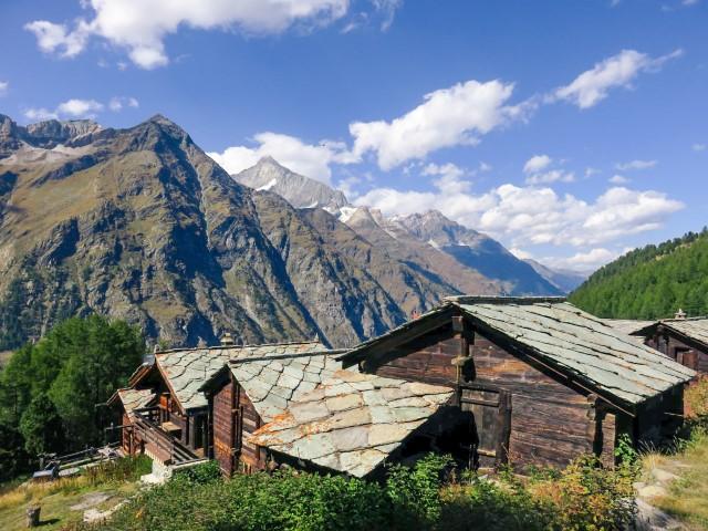 antiguo pueblo alpino
