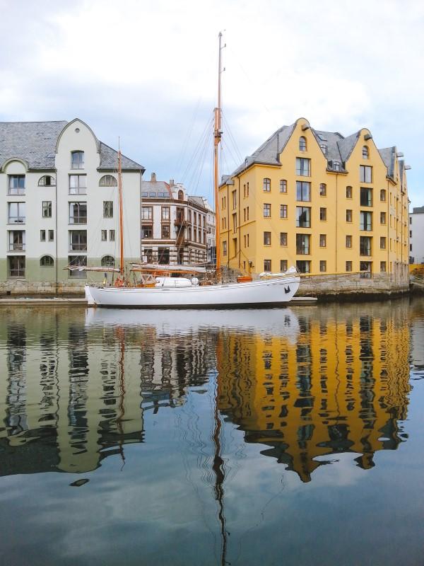 Alesund Noruega