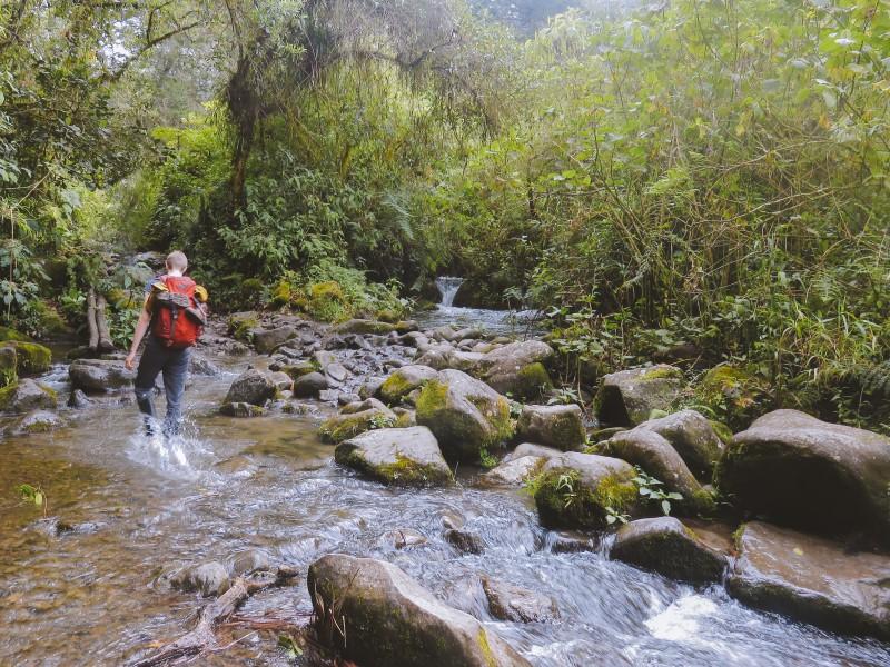 Senderos en Colombia
