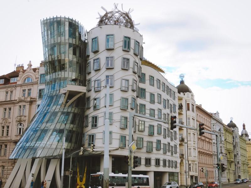 La Casa Danzante en Praga