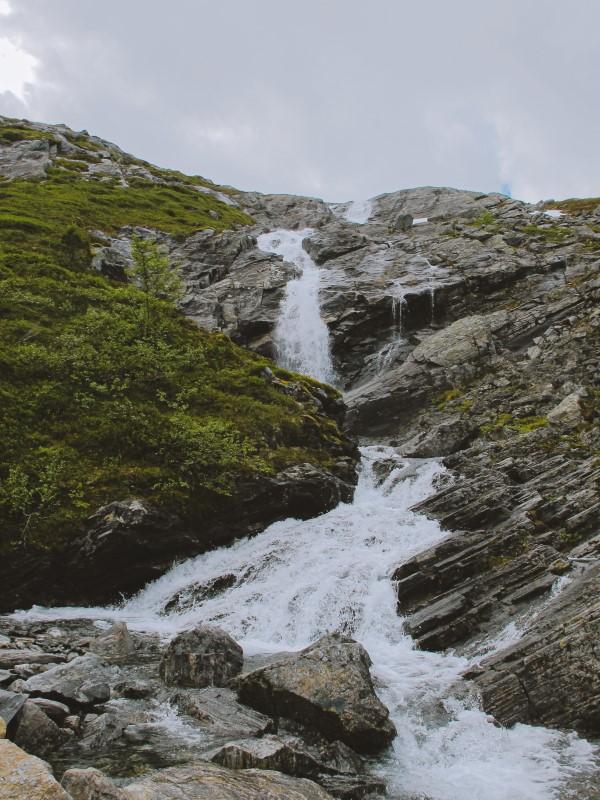 Romsdalseggen camino de Hogaksla