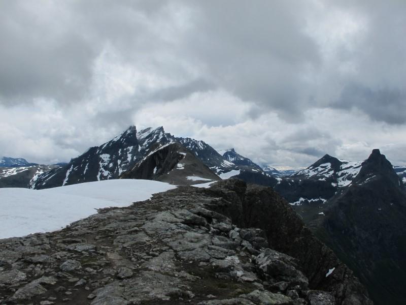 Store Venjetind y Romsdalhornet al fondo